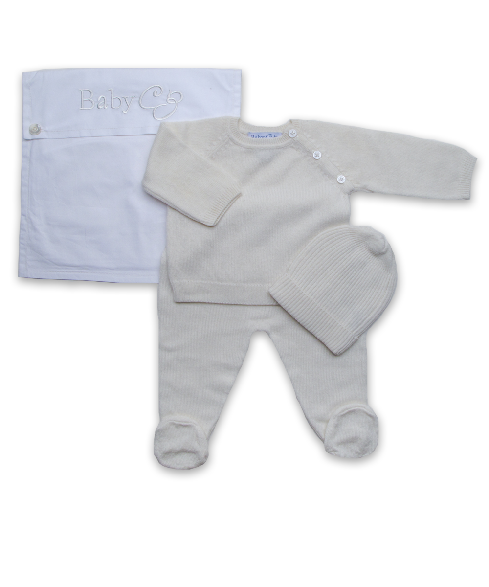 3 Piece Raglan Layette Set in Creme