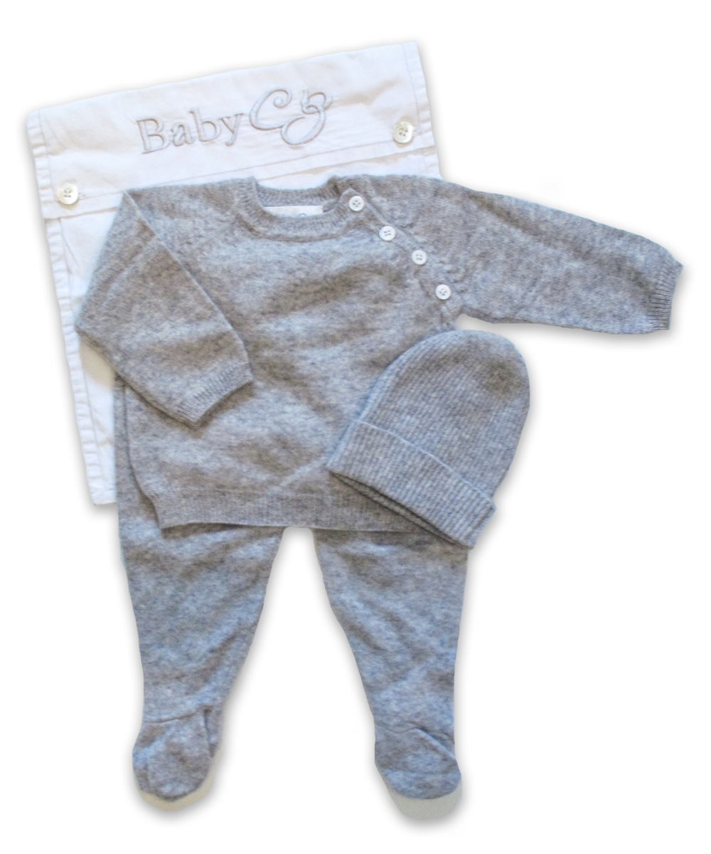 3 Piece Raglan Layette Set in Silver